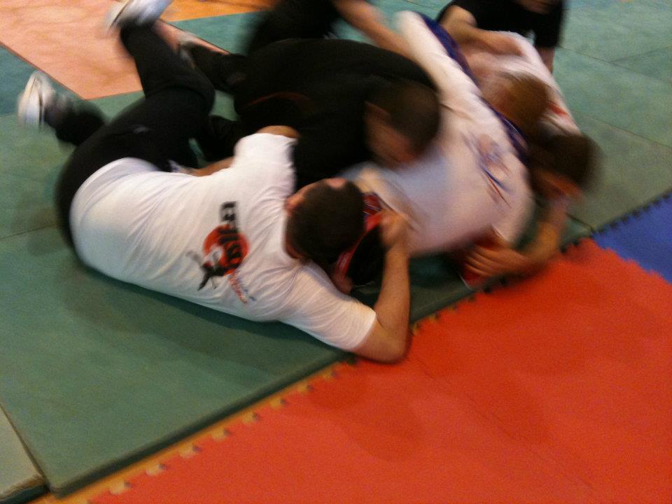 bmf2-contact-defense-efjjsd-13-18-avril-2012-0009