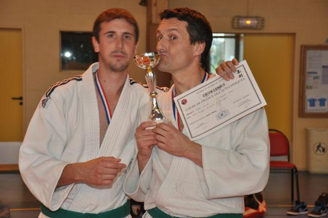 photo-des-vainqueurs-de-la-coupe-de-france-jujitsu-16-techniques-efjjsd-2eme-place-petite-taille