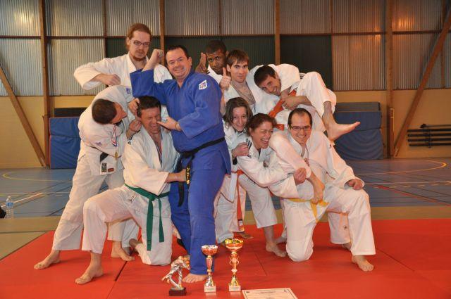 photo-des-vainqueurs-de-la-coupe-de-france-jujitsu-16-techniques-efjjsd-petite-taille