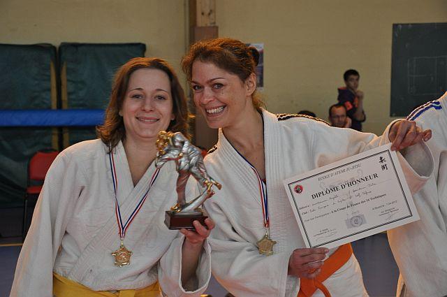 vainqueur-coupe-de-france-2012-jujitsu-16-techniques-couple-filles