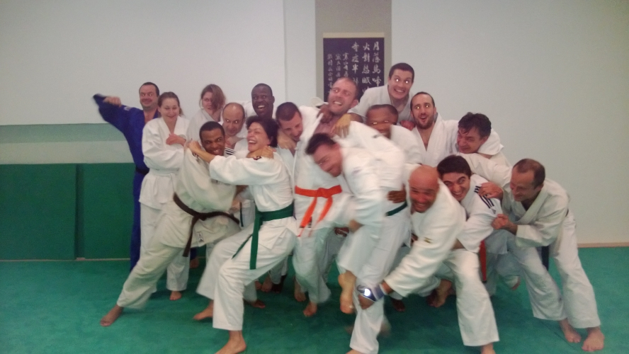 stage-jujitsu-efjjsd-du-25-05-2013-photo-de-groupe-rigolote